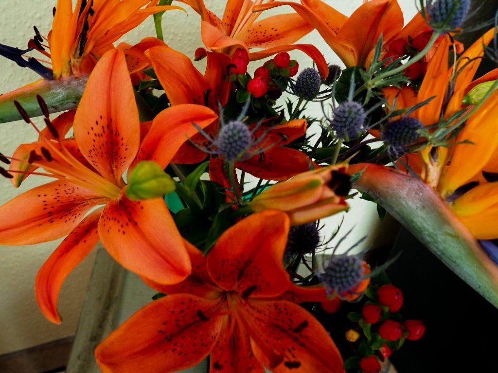 Blumenstrauß mit Lilien